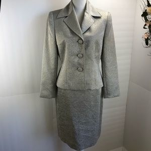Tahari metallic gold ivory  skirt suit 10 P